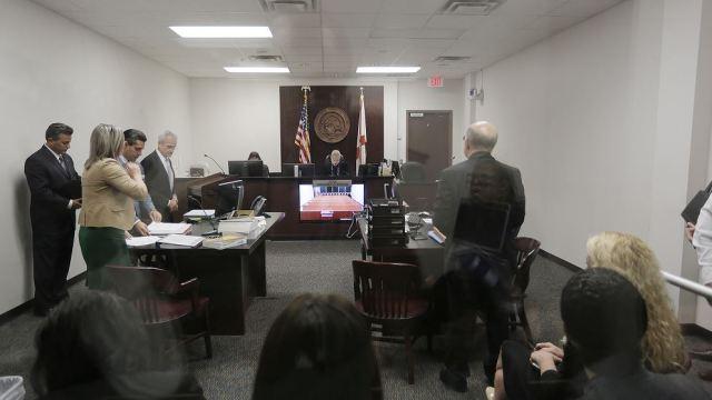 Asesino serial de Tampa es declarado apto para juicio