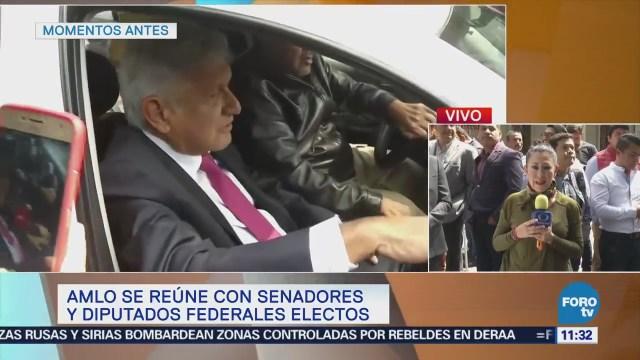 López Obrador recibe a la escritora Elena Poniatowska