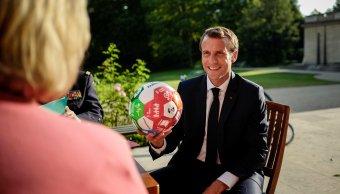 Macron viajará Rusia ver partido Francia Bélgica