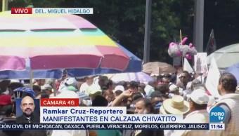 Manifestantes afectan el tránsito en calzada Chivatito