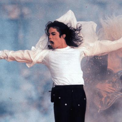 Michael Jackson fue castrado químicamente por su padre, afirma médico