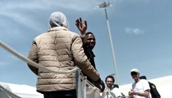 Francia recibirá 132 refugiados rescatados en Mediterráneo