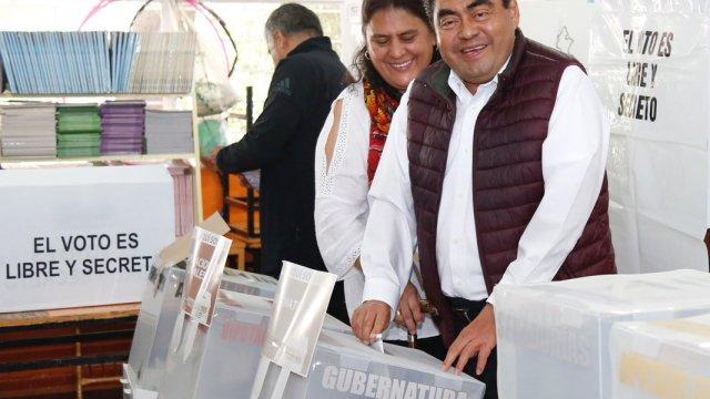 Reportan resultados cerrados en conteo rápido de Puebla
