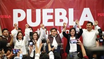 Miguel Barbosa se proclama ganador a la gubernatura Puebla