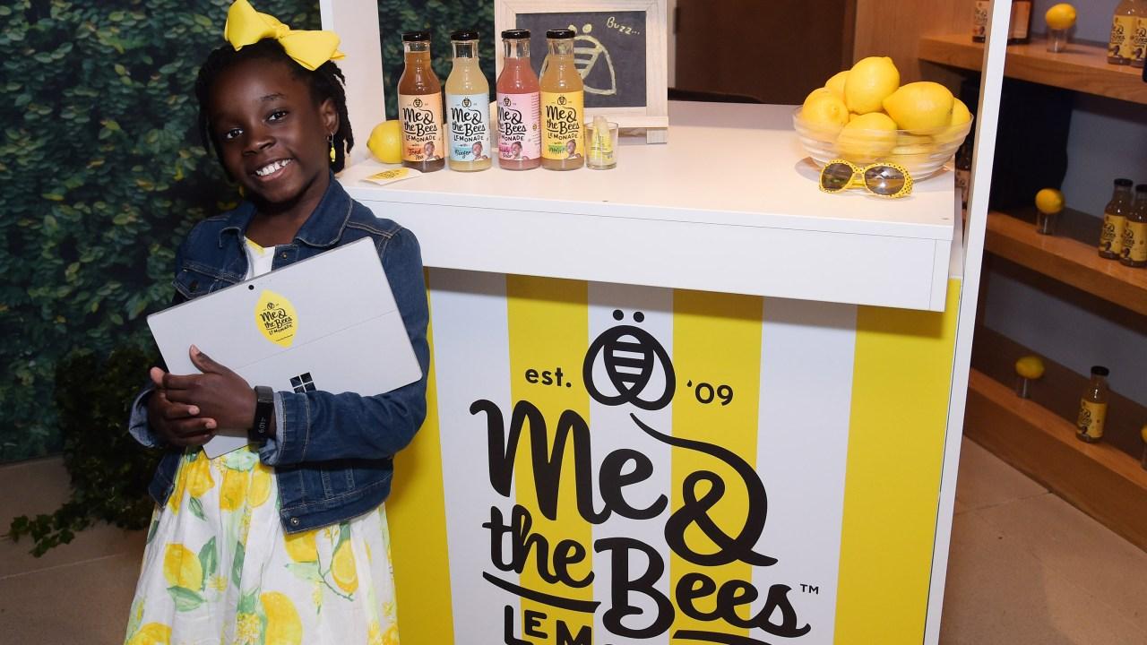 Mikaila Ulmer Niña Empresaria, Me & The Bees Lemonade, Empresa Limonada Niña Estados Unidos, Niños Emprendedores, Niños Empresarios, Limonadas,