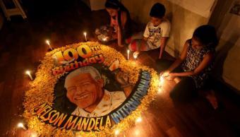 Sudáfrica y el mundo celebran a Mandela en su centenario