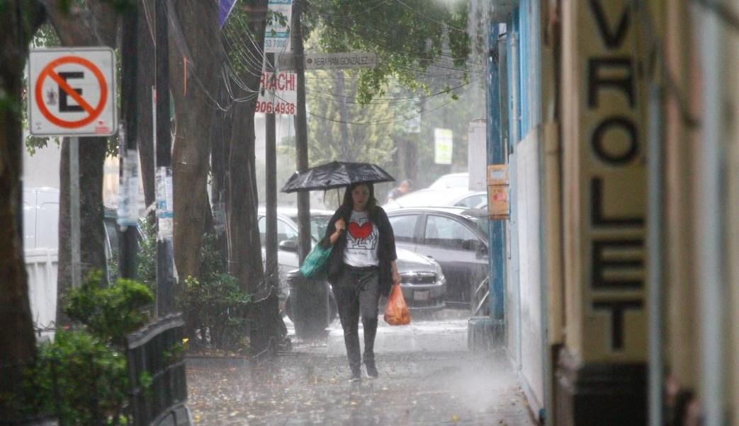 Onda tropical 15 y aire inestable ocasionarán lluvias