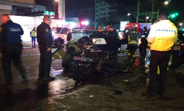 Deja 4 heridos choque de patrulla con camioneta en la CDMX