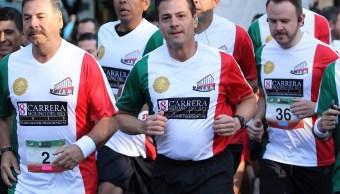 Peña Nieto corre última carrera del Estado Mayor Presidencia