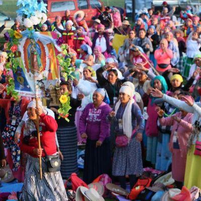 Peregrinos de Querétaro parten del Edomex rumbo a la Basílica