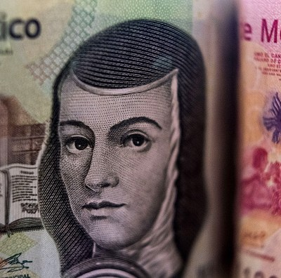 Peso mexicano se aprecia por repliegue del dólar a 18.96