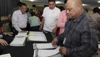 Fepade analiza documentos electorales de incidente en Puebla