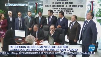 Recepción de documentos de 300 consejos distritales del INE en San Lázaro
