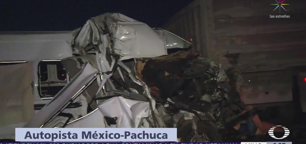 Reportan 12 muertos por accidente en la México-Pachuca