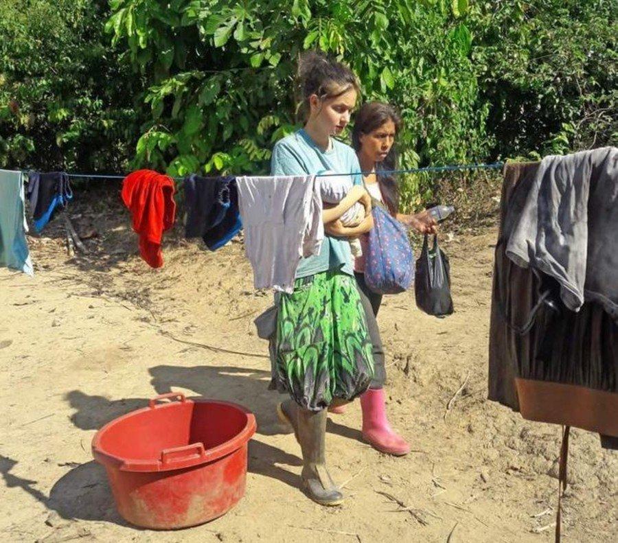 Padre de joven española la rescata de una secta en Perú