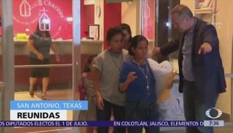 Reúnen a familias separadas en Texas