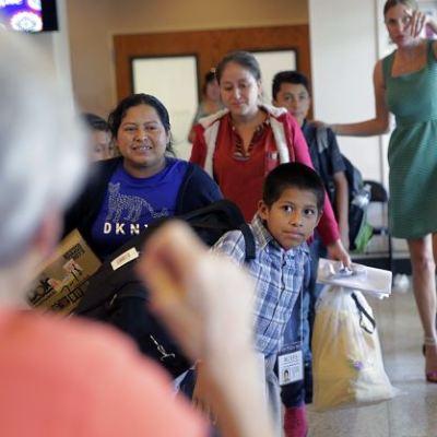 EU ha separado a 8,000 familias de inmigrantes desde 2017: AI