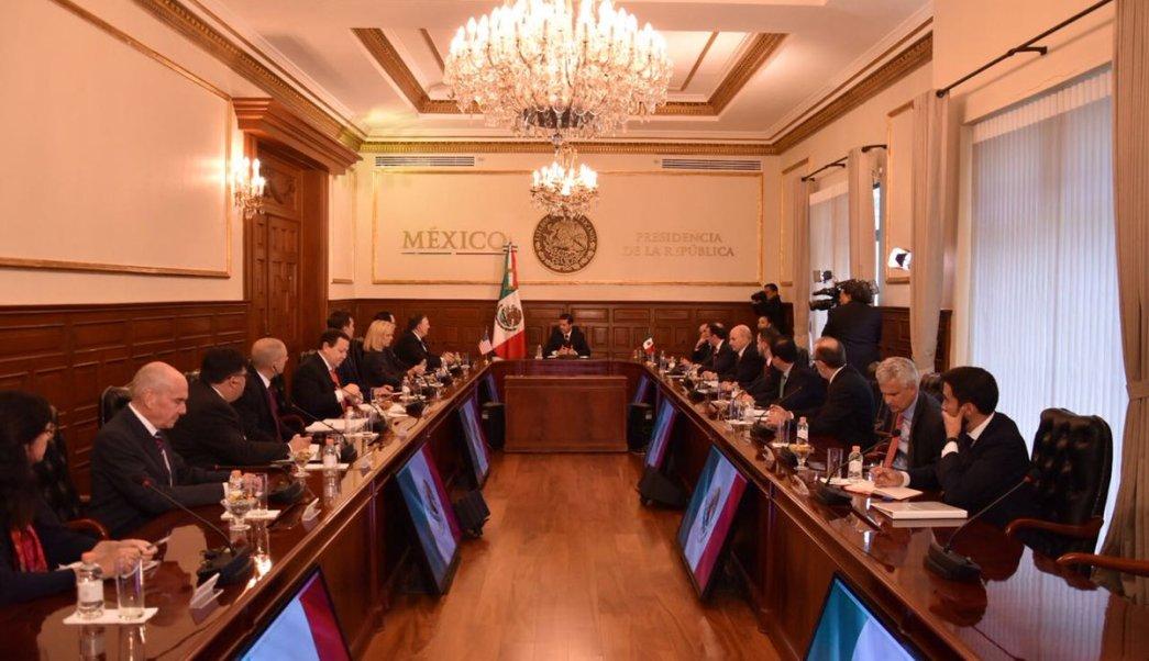 Peña Nieto recibió a Mike Pompeo en Los Pinos