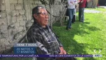 Tlaxcalteca concluye estudios de secundaria a los 85 años