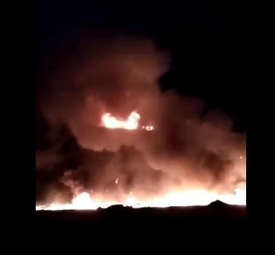 Tráiler choca y se incendia en Toluca, Estado de México