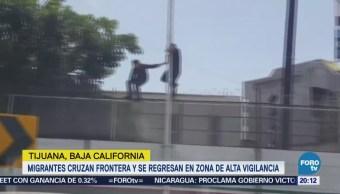 Video muestra a dos jóvenes cruzar la frontera