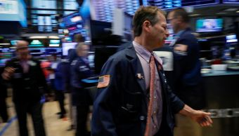 Wall Street abre mixto, con impulso industrial y financiero