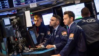 Wall Street cierra rojo y Dow Jones baja
