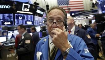 Wall Street cierra verde y Nasdaq alcanza nuevo récord
