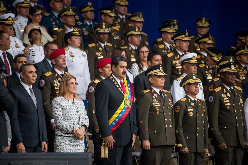 Gobierno de Venezuela confirma atentado contra Maduro
