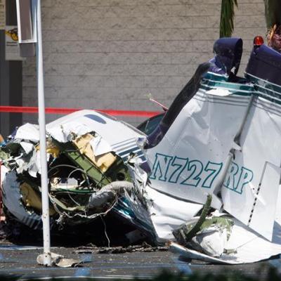 Desplome de avioneta deja 5 muertos en California, Estados Unidos