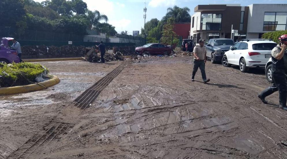 Lluvias provocan inundaciones en Zapopan, Jalisco