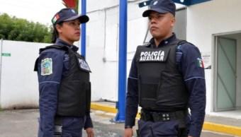 Frustran asalto a personal bancario en Puebla