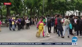 Avanza contingente de manifestantes en Reforma
