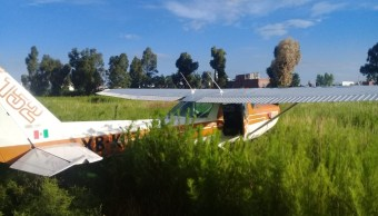 Avioneta en Cholula, Puebla, realiza aterrizaje forzoso