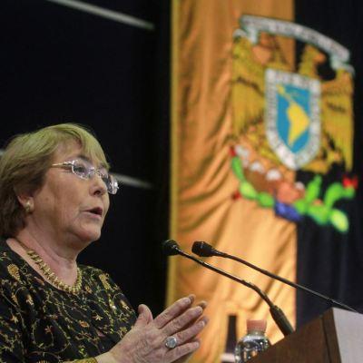 Defensa de derechos humanos obliga a nunca bajar los brazos: Bachelet en UNAM