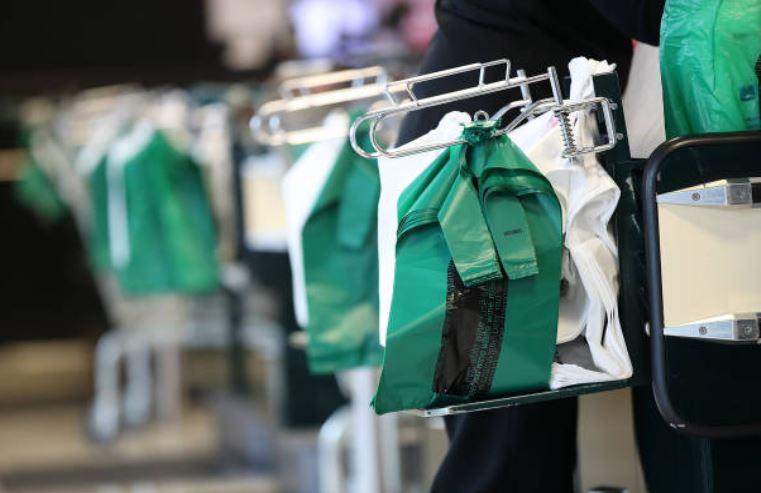 Querétaro, primera ciudad en prohibir bolsas de plástico en negocios