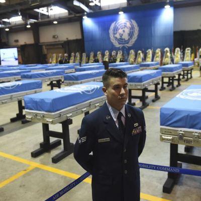 Corea del Sur despide restos de soldados estadounidenses caídos en Guerra de Corea