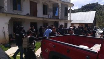 Rescatan con vida a 22 migrantes secuestrados en Chiapas