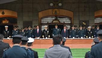 Cienfuegos preside graduación de maestría en Administración Militar
