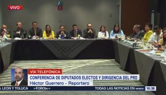 Conferencia de diputados electos y dirigentes del PRD