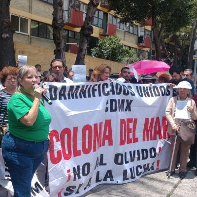 Damnificados del 19S denuncian abandono de autoridades en CDMX