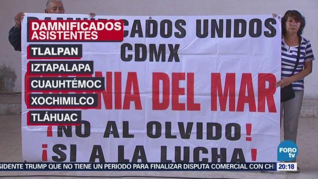 Damnificados del Multifamiliar Tlalpan aún permanecen afuera