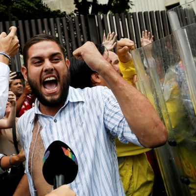 Arrestan a diputado opositor vinculado a supuesto atentado contra Maduro
