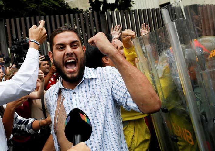 Detienen diputado opositor vinculado atentado Maduro