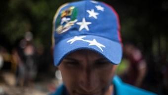 Ecuador impone pasaporte a venezolanos por crisis migratoria