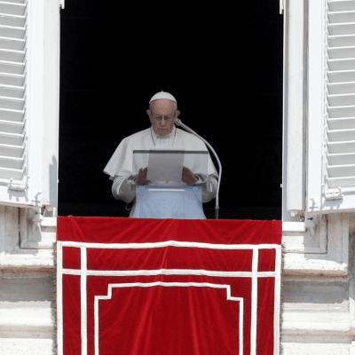 El papa pide perdón por abusos sexuales tras casos revelados en Pensilvania