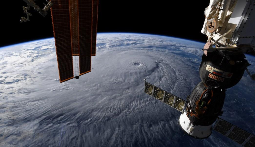 Huracán Lane se debilita, pero golpeará Hawai con fuerza