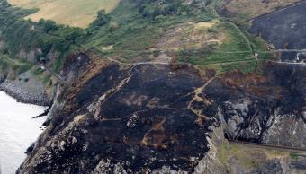 eire-incendio-forestal-descubre-mensaje-oculto-mas-70-anos-irlanda