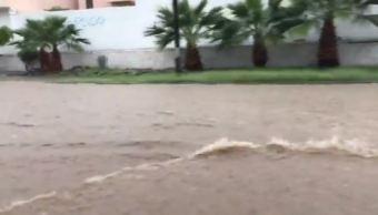 desborda arroyo hermosillo sonora inunda tres colonias