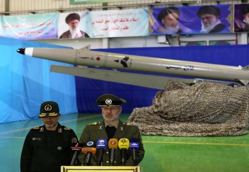 Resultado de imagen para Presenta Irán un misil de nueva generación capaz de evadir radares